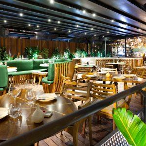 Sanjhes - Decoración de Restaurante Moderno Natural Verde y Madera