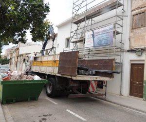 Sanjhes contrusccion camion